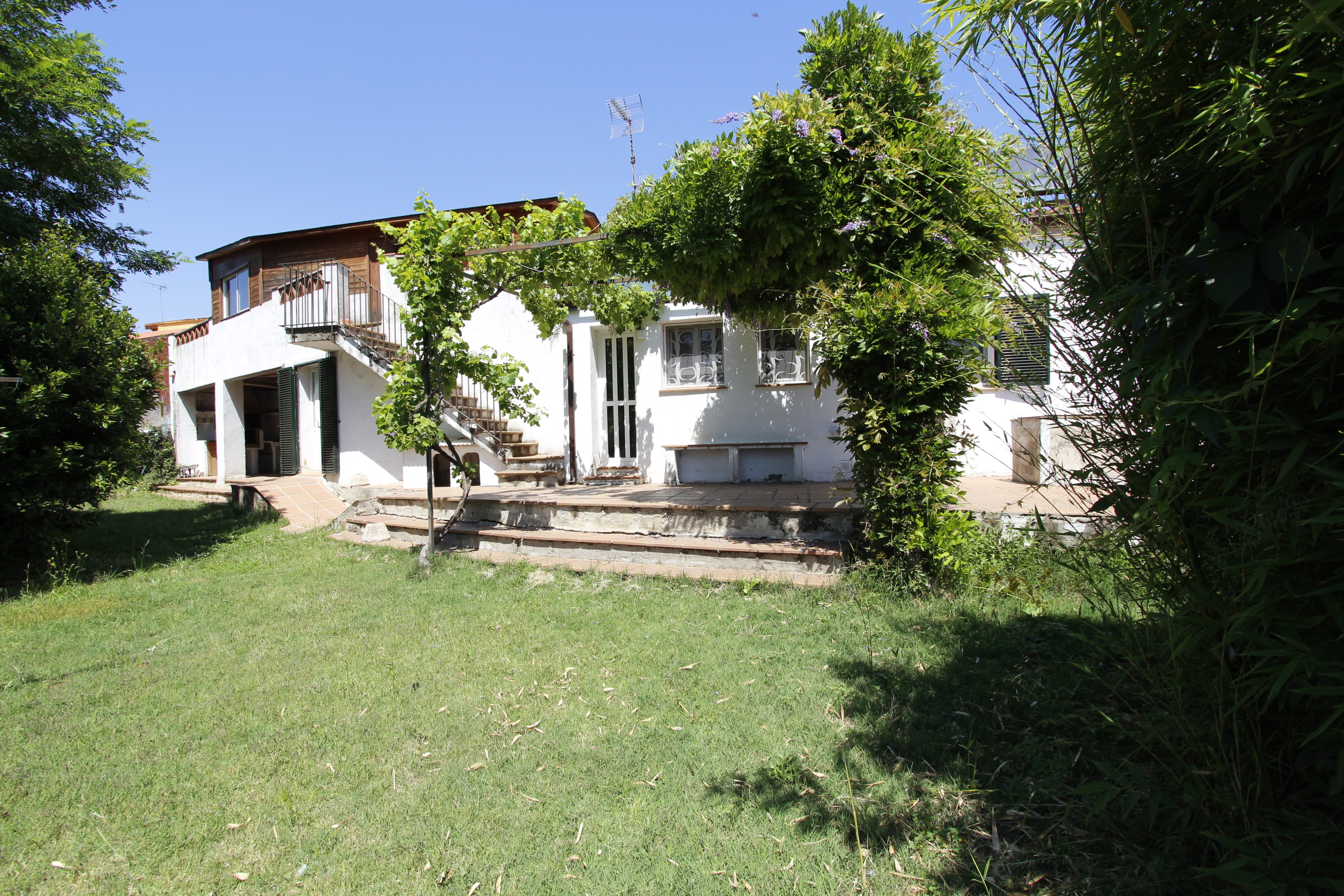Casa con gran extensión de terreno en venta